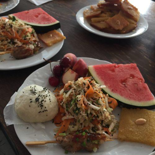 Brunch baozi salade vietnamienne